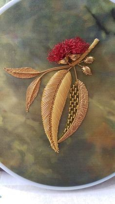 Excellent Free of Charge zardozi Embroidery Designs Thoughts Thank you for visiting hand adornments! Adornments could be a stress-free inventive wall plug and al Zardosi Embroidery, Hand Embroidery Dress, Tambour Embroidery, Hand Embroidery Videos, Bead Embroidery Patterns, Couture Embroidery, Flower Embroidery Designs, Creative Embroidery, Gold Embroidery