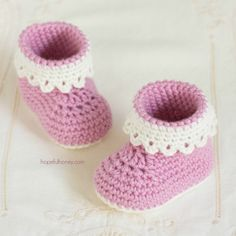 Learn how to create these whimsically adorable Pink Lady baby crochet booties, a perfect addition to any little girl's wardrobe!