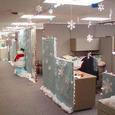 Wonderful Holiday Decorating Ideas For Office Cubicles, You'll be astonished how many individuals find a reason to go to your cubicle for a taste. Also, it is a good reason to decorate your cubicle. Christmas Cubicle Decorations, Winter Wonderland Decorations, Christmas Themes, Office Decorations, Holiday Ideas, Christmas Crafts, Christmas Jokes, Office Themes, Office Christmas Party