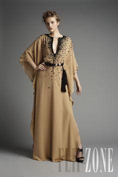 Zuhair Murad - Ready-to-Wear - Spring-summer 2011 - http://www.flip-zone.net/fashion/ready-to-wear/fashion-houses-42/zuhair-murad-2009