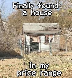 Funny Signs, Funny Memes, Jokes, Funny Videos, Cool Pictures, Cool Photos, 1 Gif, Morning Humor, Finding A House