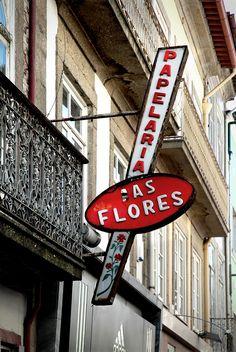 https://flic.kr/p/61PoR1 | Papelaría As Flores | Rúa do Souto, Braga | Portugal