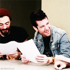 Another GIF of Dan laughing :)