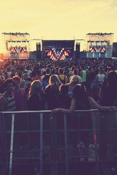 .#PembertonFest//pembertonmusicfestival.com