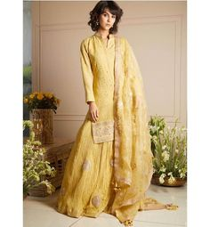 Best Labels To Buy Gorgeous Sharara Suits From! Wedding Shopping, Sharara Suit, Bridesmaid Outfit, Brides And Bridesmaids, Indian Designer Wear, Western Wear, Indian Wear, Indian Outfits, Casual Wear