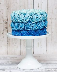17 Best ideas about Ombre Cake on Pinterest | Rose cake, Pink ...
