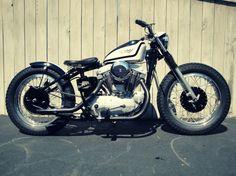 1965 Harley Davidson XLCH Sportster (standard, except for hardtail conversion) - via Silodrome
