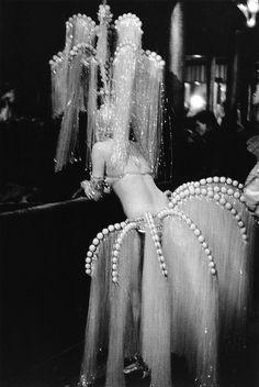 She's ready: Showgirl