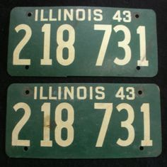 1943 Illinois License Plate Pair Front / Back - 218731
