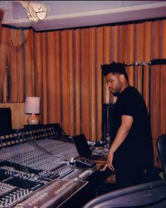 look at this hot ass boy creating masterpieces The Weeknd Memes, The Weeknd Music, Abel The Weeknd, Im In Love, Love Of My Life, Abel And Bella, Starboy The Weeknd, Abel Makkonen, I Am Sad