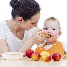 http://www.guiainfantil.com/recetas/pures-para-bebes/papillas-de-fruta-para-bebes-mes-a-mes/