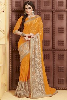 Tantalizing Yellow Saree
