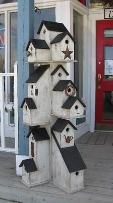 New bird houses ideas decoration mom ideas Wood Projects, Projects To Try, Bird House Feeder, Bird Feeders, Deco Champetre, Bird House Plans, Birdhouse Designs, Bird Houses Diy, Decorative Bird Houses