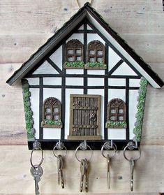 Diy Crafts Slime, Slime Craft, Crafts To Make, Wood Block Crafts, Wood Crafts, Wooden Key Holder, Macrame Wall Hanging Diy, Wooden Art, Diy Signs