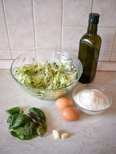 cuketove-bramboraky-suroviny Mozzarella, Diet Recipes, Grains, Food And Drink, Rice, Fitness, Skinny Recipes, Seeds, Laughter