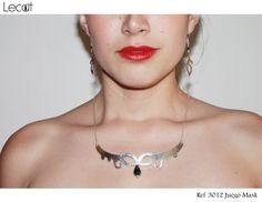 Collar -  Necklace - Aretes - Earrings Para adquirir nuestros productos puedes comunicarte a través de nuestra fanpage www.facebook.com/lecat.accesorios o instagram: @Leah Cushen accesories