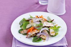 Asian pork salad - It takes just six ingredients to create a fabulous Asian pork salad. Here's the proof!