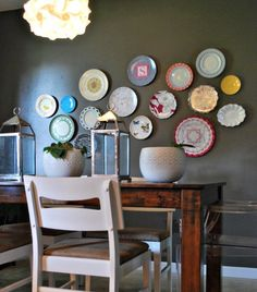 A new take on an old tradition! I love plates on a wall.
