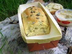 Kurpitsansiemenleipä Banana Bread, Dairy, Cheese, Baking, Desserts, Food, Tailgate Desserts, Deserts, Bakken