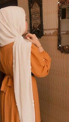 Modest Fashion Hijab, Casual Hijab Outfit, Hijab Chic, Muslim Fashion, Cute Baby Girl Pictures, Cute Girl Poses, Cute Girl Photo, Teenage Girl Photography, Girl Photography Poses