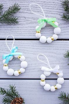 #DIY Wood Bead #Christmas Ornaments - add these to your collection!  #holiday