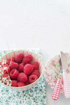 #food photography #fresh raspberries #inspiration | Au Petit Goût