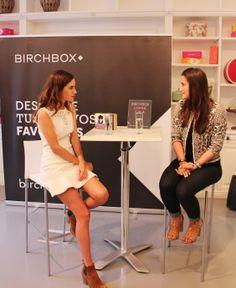 Gala González y Hayley Barna, confundadora de Birchbox, en la presentación en Madrid de Galas Gems para Color Club.
