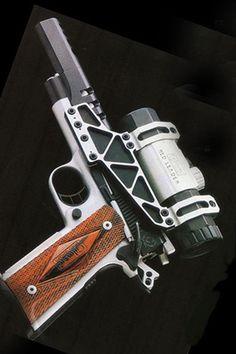 1911 Comp Gun