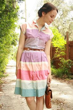 vintage sherbet shirt dress with caramel accessories (HT thehousethatlarsbuilt.blogspot.com)