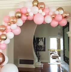How gorgeous is this pink and white balloon garland with chrome gold and rose gold confetti! Theis colour scheme is so pretty its perfect for a girly Pink And Gold Birthday Party, Birthday Party For Teens, Birthday Party Decorations, Party Themes, Ideas Party, Rose Gold Party Decorations, Birthday Ideas, Pink Gold Party, Decoration Party
