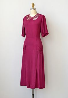 vintage 1930s silk rayon illusion collar dress