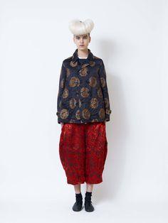 Comme des Garçons Comme des Garçons Fall 2016 Ready-to-Wear Collection Photos - Vogue