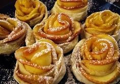 Fall Recipes, Great Recipes, Pear Dessert, Apple Roses, Apple Pear, Tapas, Bakery, Food And Drink, Cooking Recipes
