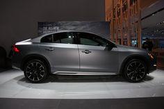 Volvo расширит линейку вседорожников семейства Cross Country http://carstarnews.com/volvo/201523634