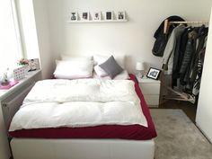 Kleine, aber sehr gemütliche Schlafzimmeridee. Wunderschöne möblierte 2-Zimmer im Herzen der Quadrate - Wohnung in Mannheim-Quadrate
