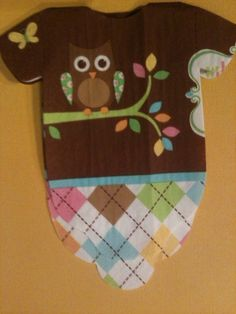 Baby shower onesie napkins or decoration with cute baby owl!