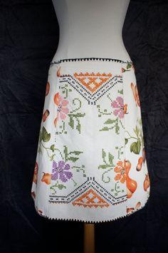 Alijn rok vintage witte linnen borduurwerk tafelkleed door LUREaLURE