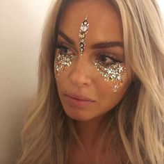 Silver festival makeup by IN YOUR DREAMS wearing Gold Lileth Glitter and Gold Zorya Face Gems - www.inyour-dreams.com #GlitterFace