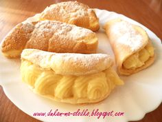 Omlety z budyniem Hot Dog Buns, Hot Dogs, Snack Recipes, Snacks, Chips, Bread, Food, Pierogi, Snack Mix Recipes