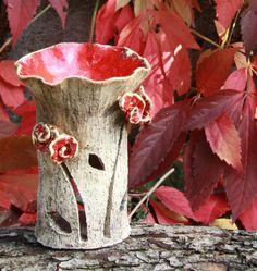 Ohnivé květy aromalampa z jednoho kusu, šamotová hlína, červ. efektní glazura, výška cca 16cm