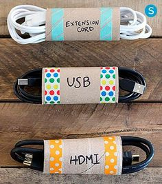 30 Life Hacks All College Students NEED to Know Re-use empty toilet paper rolls to keep track of your electronic cords. 30 Life Hacks All College Students NEED to Know Re-use empty toilet paper rolls to keep track of your electronic cords. Organisation Hacks, Organizing Hacks, Organizing Your Home, Storage Organization, Organising, Cord Storage, Bedroom Organization, Storage Hacks, Storage Room