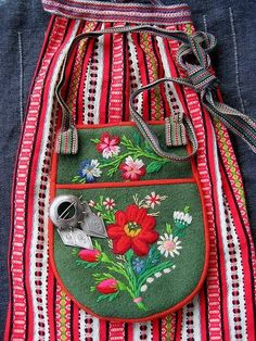 scandinavian folk fashion embroidery - Google Search