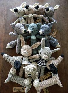 manifesto 2011 by pica - pau, via Flickr - Crochet Inspiration