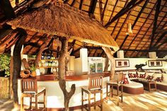 Kafunta River Lodge bar and lounge
