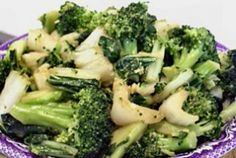 Pak Choi with Broccoli Recipe #travellingdietitian #healthy #thecleanseparation www.travellingdietitian.com