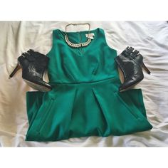 LOFT Dress Hard to find size • Excellent condition • Great for spring & summer • Teal/green color • Worn 2 times, No flaws. Great for weddings or to wear to work! • Seen modeled with Ann Taylor booties- also for sale • Cute pockets! LOFT Dresses