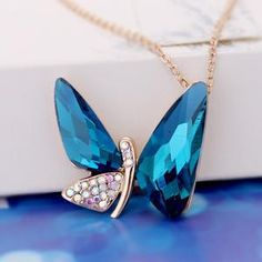 Min Order $15 (Can Mix)Blue Glass Crystal Charm Necklace 2013 Pendants Butterfly Jewelry $4.79