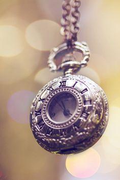 pocket watch necklace?I LOVE THEM!!!