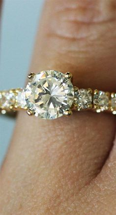 Engagement Rings 2017  18k Yellow Gold 1.19ct Round Brilliant Diamond Engagement Ring