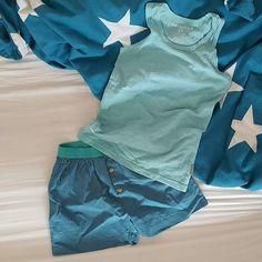 Comfy summer pyjama van @Little Label.  http://stoerkids.nl/shop/kinderkleding/stoere-jongenskleding/bellerose-jongens-t-shirt-cat-aop/